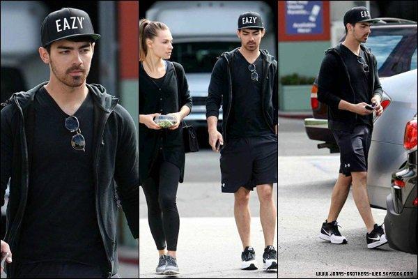 Le 11 Mars 2014 | Joe et Blanda allant déjeuner à L.A.