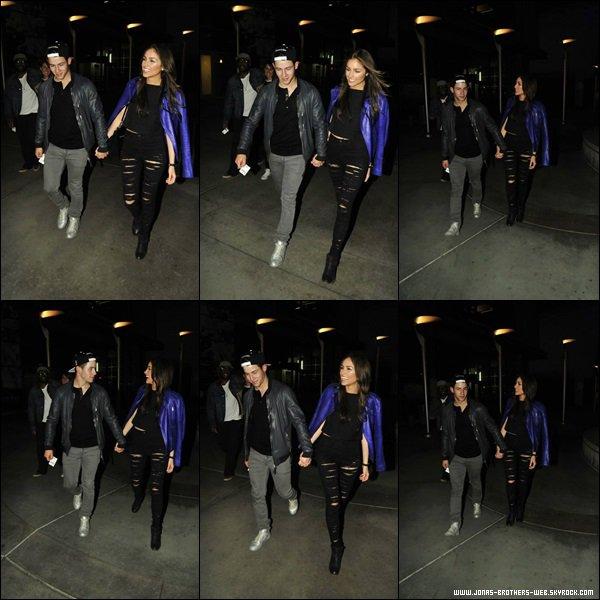 Le 24 Mars 2014 | Nick et Olivia sortant d'un cinéma de L.A.
