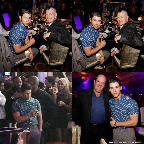 Le 04 Avril 2014 | Nick est allé au Michael Jordan celebrity gala, Las Vegas.