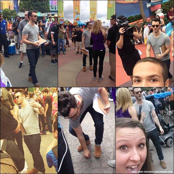 Le 21 Avril 2014 | Kevin tourne Celebrity Apprentice à Orlando en Floride.