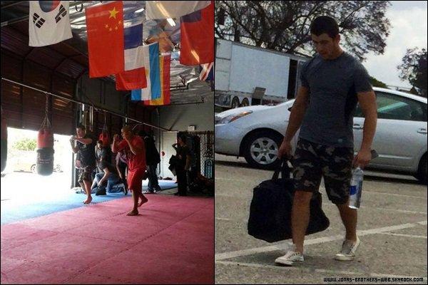 Le 01 Juin 2014 | Nick sur le tournage de Navy St à Los Angeles.