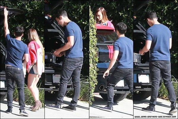 Le 03 Juin 2014 | Joe est allé chercher Blanda chez une amie à L.A.