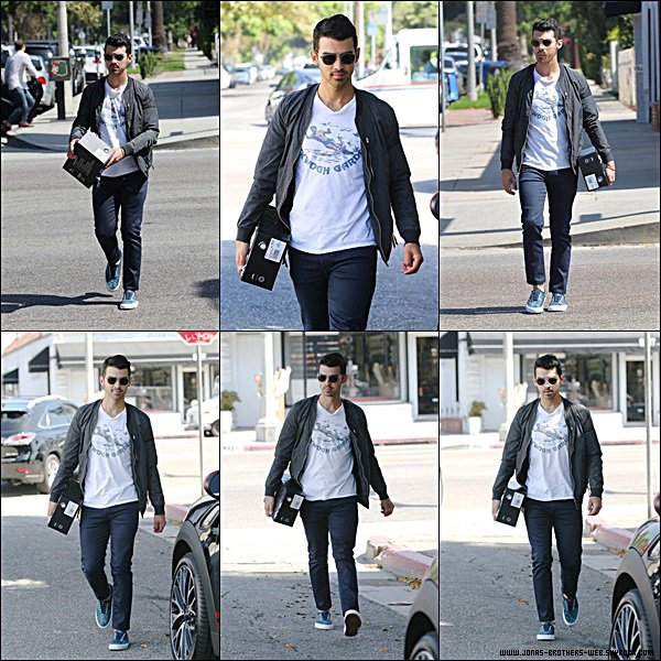 Le 14 Août 2014 | Joe a été prit en photo dans West Hollywood.