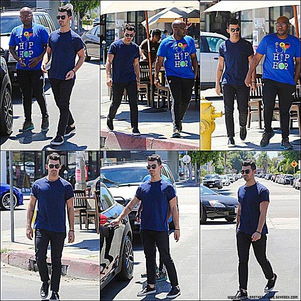 Le 27 Août 2014 | Joe a été déjeuner au Alfred Coffee & Kitchen à L.A.