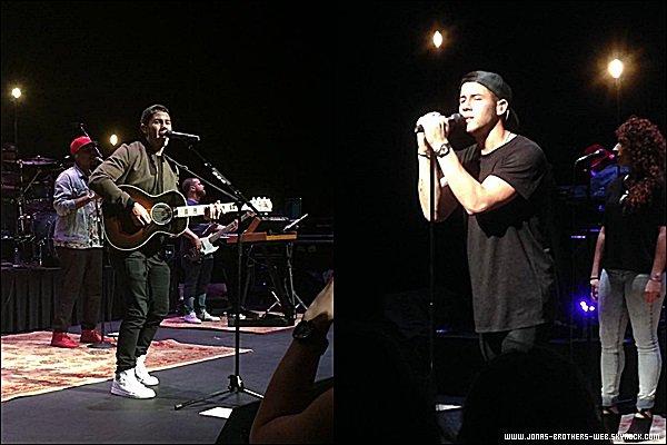 Le 27 Septembre 2014 | Nick à donné un concert à Mesa.