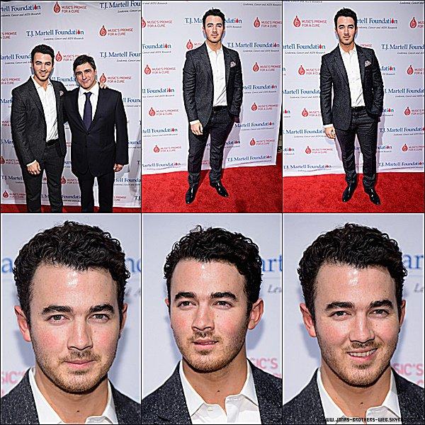 Photoshoot | Nick a posé pour le magazine Hunger.