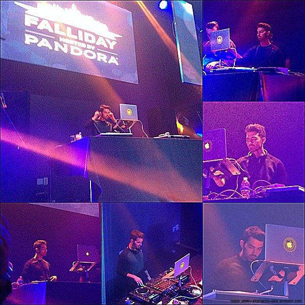Le 12 Novembre 2014 | DJ Joe s'est rendu au Pandora Radio Falliday Party, New York.