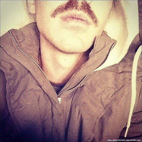 Le 28 Novembre 2014 | Joe est allé avec ses amis à Mammoth.