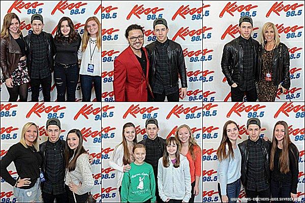 Le 19 Décembre 2014 | Nick été présent au 98.5 Kissmas Bash à New York.