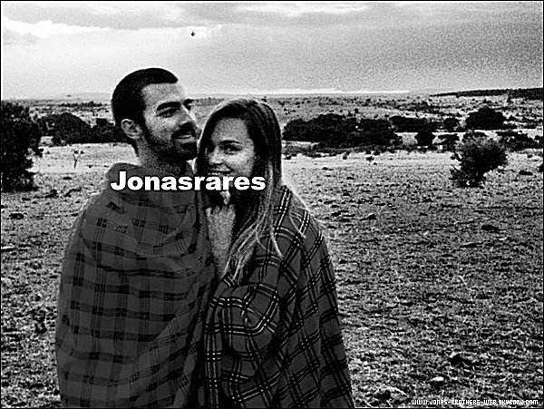 Photo | Nouvelle photo rare de Joe et Blanda.
