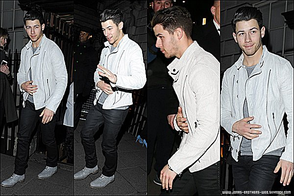 Le 26 Février 2015 | Nick est allé au Mert & Marcus House of Love party à Londres.