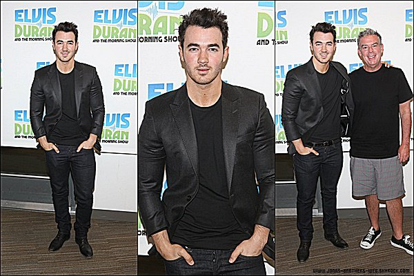 Le 06 Mai 2015 | Kevin s'est rendu au 'The Elvis Duran Z100 Morning Show' à New York.