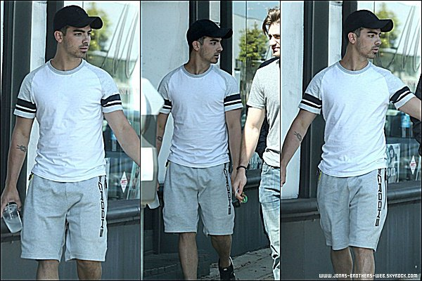 Le 12 Mai 2015 | Joe a prit un café avec la belle Gigi Hadid dans West Hollywood.
