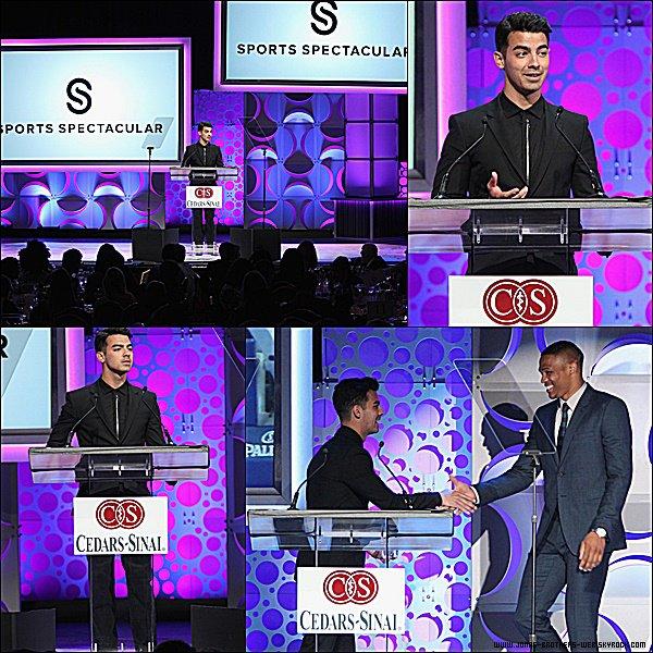 Le 31 Mai 2015 | Joe, très élégant, s'est rendu au Cedars-Sinai Sports Spectacular.