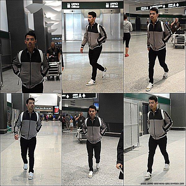 Le 21 Juin 2015 | Joe, un peu fatigué, est arrivé à l'aéroport de Milan en Italie.