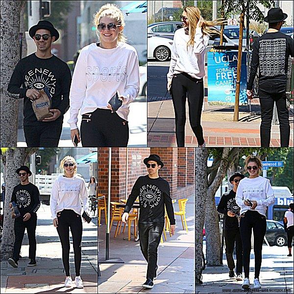 Le 19 Juin 2015 | Le couple Joe et Gigi Hadid ce sont balader dans Los Angeles.