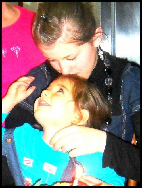 Moi & ma petite cousine !!.