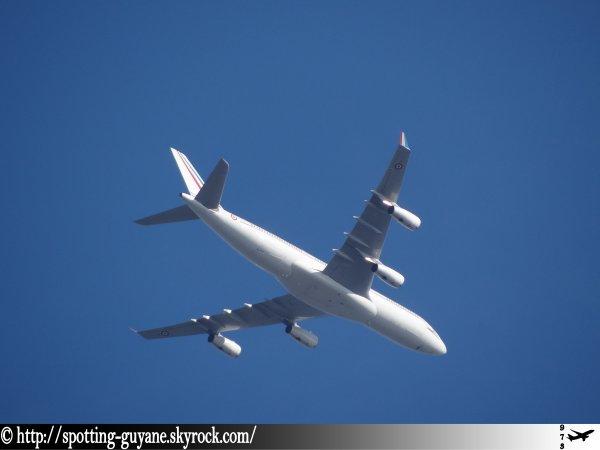 Arrivée surprise d'un Airbus A340 !!