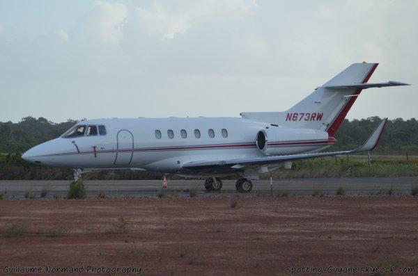 Arrivée prévue d'un Hawker 800
