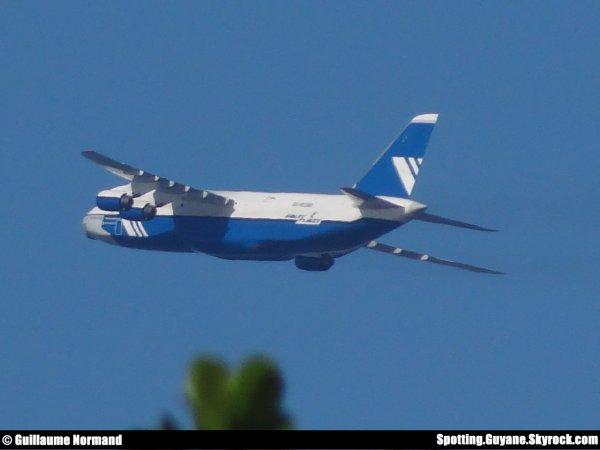 Départ d'un Antonov AN124