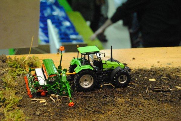 Expo Ducasli 2012 :nos amis Vincent et  vomitos