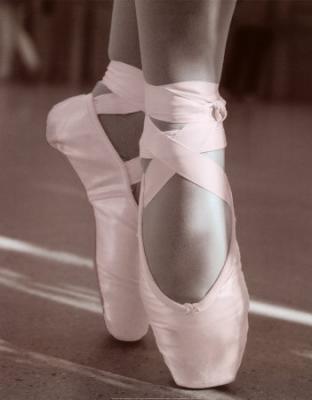 La Danse, il n'y a que ça de vrai . Le seule remède à mes blessures <3