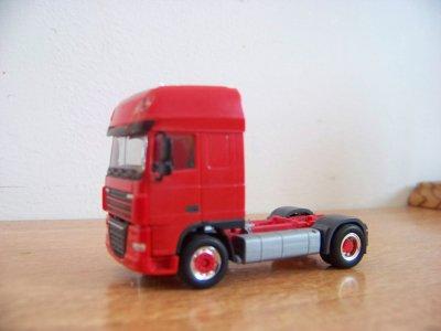 Mes premiers camions herpa modifiés....