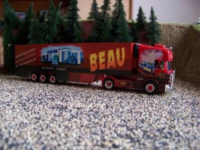 2 camions desTrasport beau....