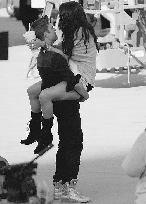 """""""Aime moi comme moi je t'aime !"""""""