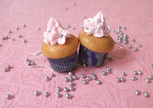 Boucles d'Oreilles Cup Cakes ( pour celles qui osent !!! )
