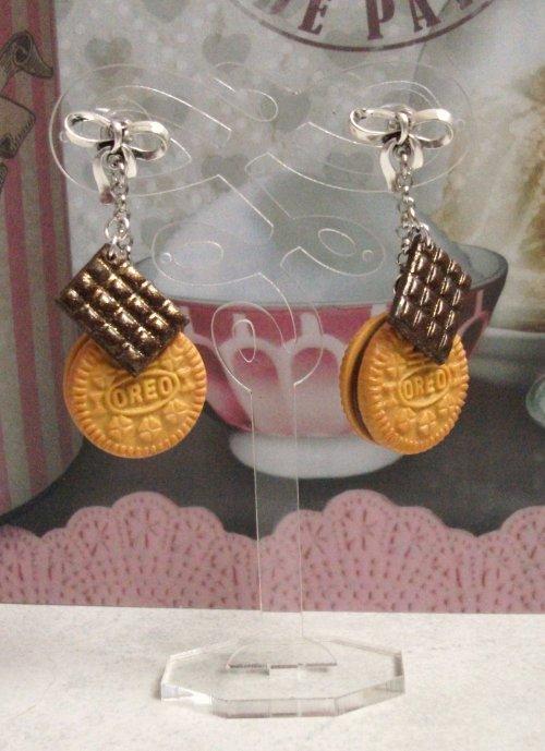 Boucles d'oreilles Oréo version biscuit au chocolat !