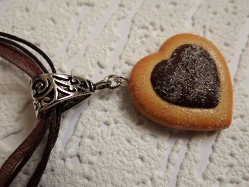 Craquez pour ce biscuit petit coeur au chocolat !