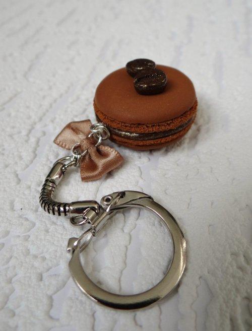Porte-clé Macaron Café réalisé sur demande !