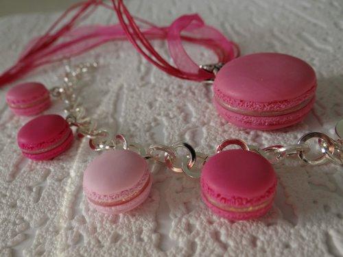Parure Macarons réalisés sur commande !