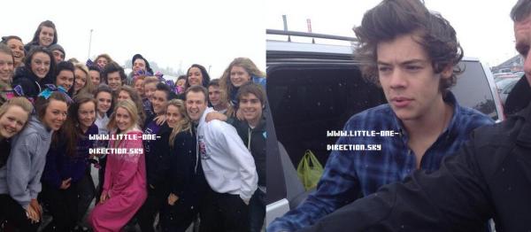 Harry et Niall avec des fans aujourd'hui à Birmingham