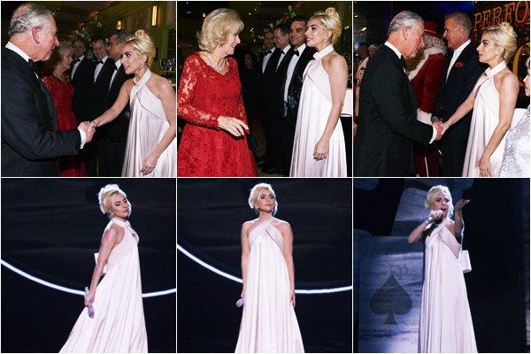 06/12/16   ▬ Gaga était présente à la cérémonie du  « Royal Variety Show » à Londres . C'est un Top!