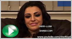 Cher arrivant au studio X Factor, mon dieu Cher ces quoi ces chaussures ?