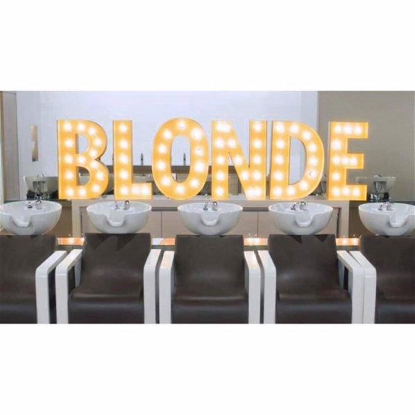 """""""Blonde"""" le clip !"""