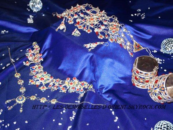 Parure de bijoux kabyles traditionnels