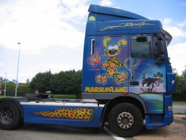 //// Trois beaux camions peint (u)(u) ///