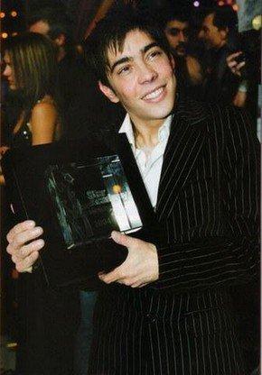 La victoire de greg avec 80% des sufrages face a Lucie Bernardoni le 22 décembre 2004