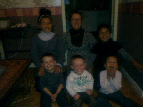 moi et mes 5 petits enfants