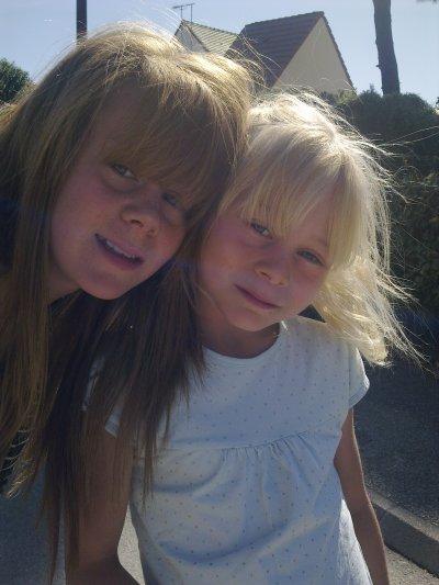 moi et ma soeur <3