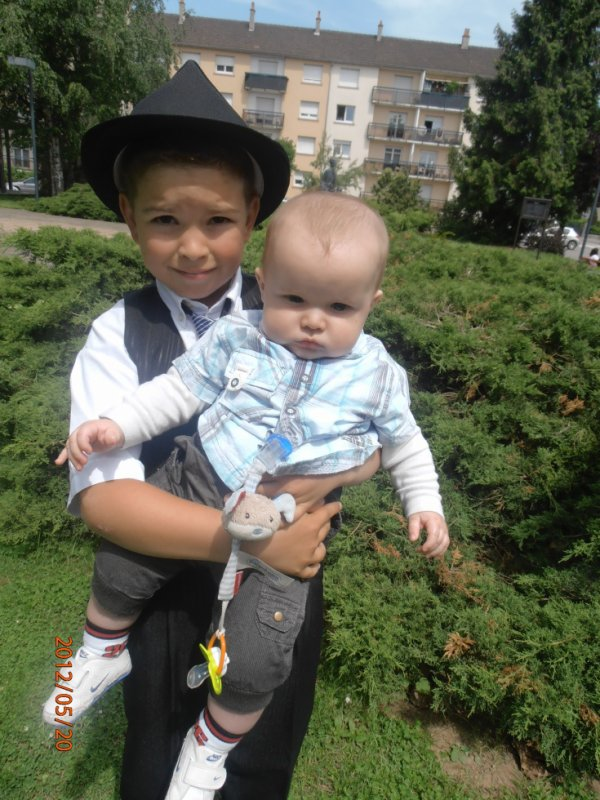 logan & mon fils a sa comunion jvou aime (l)