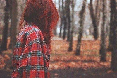 Ce qui ne me tue pas, me rends plus fort, a l'intérieur de moi, je suis mort et pourtant je suis pas plus fort.