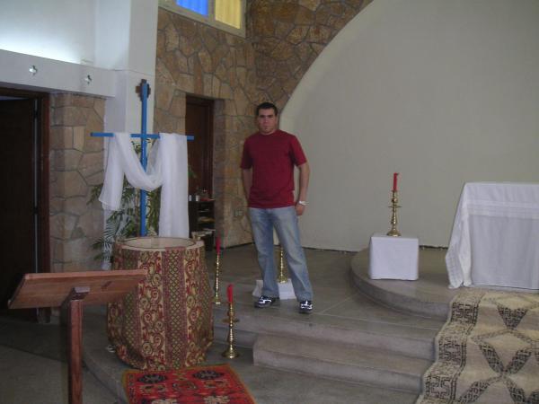 tjrs a l'église