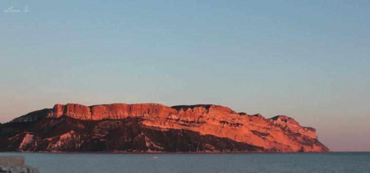 Lumière sur le Cap Canaille