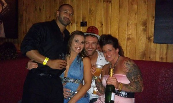 Mickie James , Magnus , ODB ....;