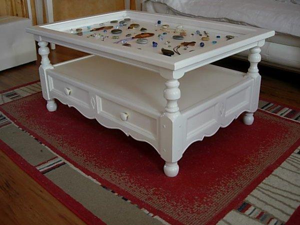 table basse  provençale  2 tiroirs  et vitrine