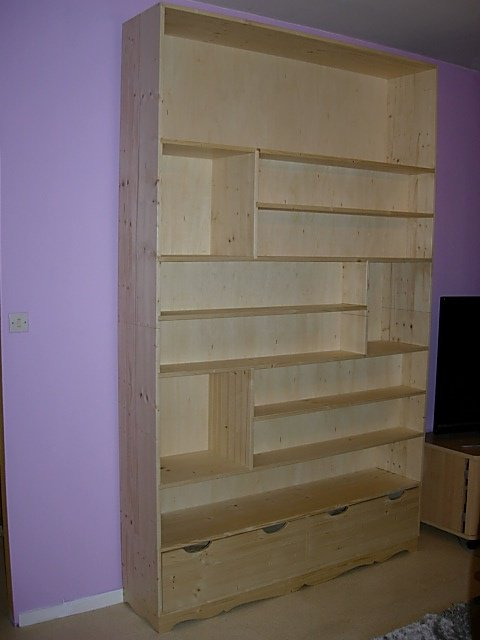 etagere bibliotheque en pin vernis